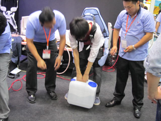 介護支援ロボット(東京理科大他複合企業体)