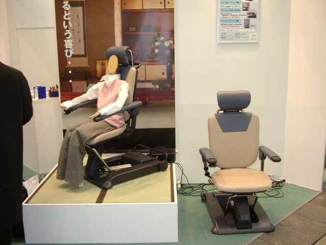 車椅子・補助器具(イトーキクレビオさん)
